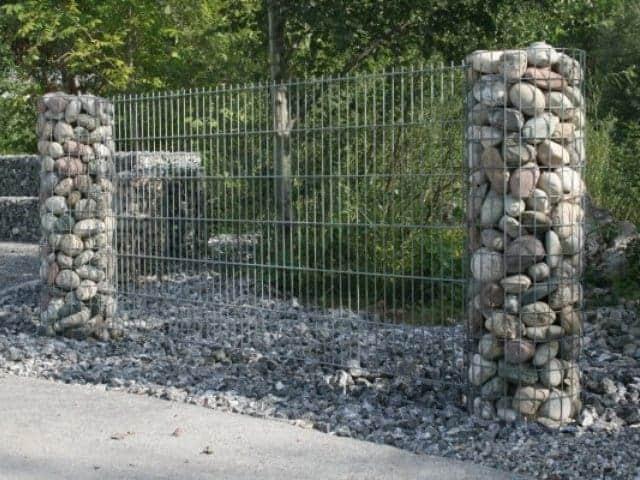 Gabionen bei Landshut Säulen
