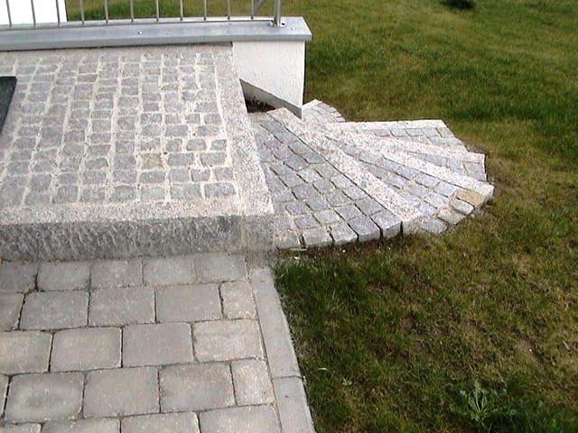 Gartentreppe bei Landshut Granit Bord Kleinstein