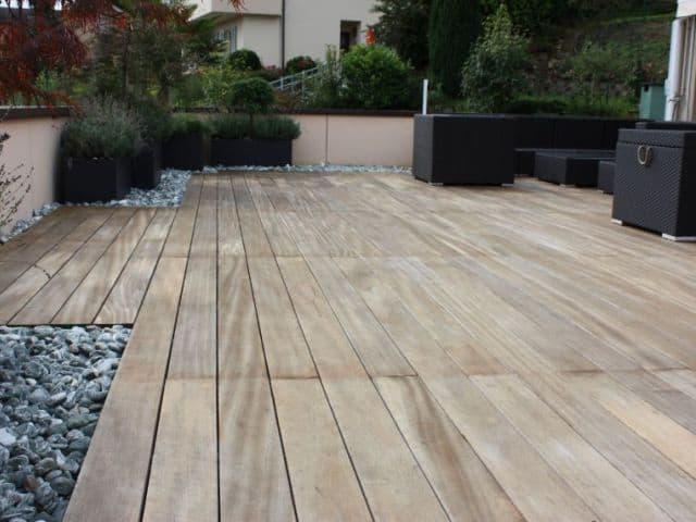 Terrassengestaltung Keramik Holzdesign