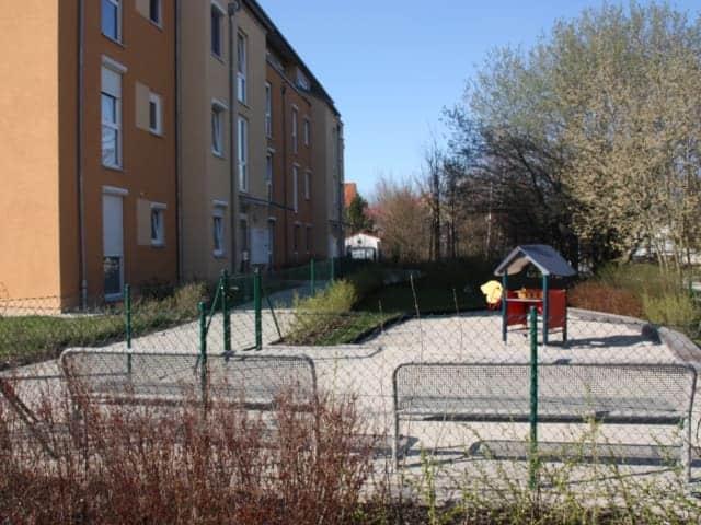 Gewerbe und Wohnbau Spielplatz