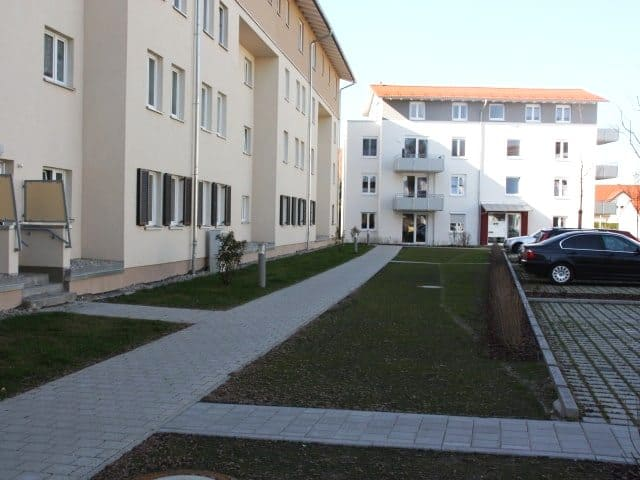 Gewerbe und Wohnbau Weg